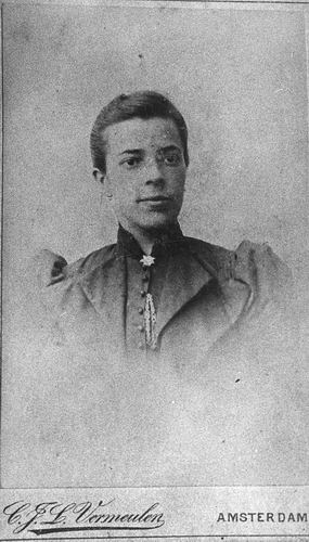 Treur-Kraaij Grietje 1870 19__ Portret 01_2
