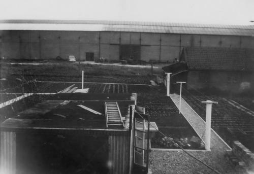 Tuinweg Z 0027 Achtertuin en Fabriek Spaans