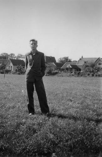 Tuinweg Z 0020± met Cees Bosman en achterzijde Huizen Hoofdweg