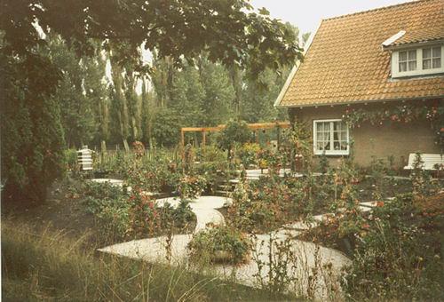 Tuinweg Z 0099 1987- met Huis van Fruittuin 21