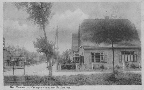 Venneperstraat 1929 met Postkantoor