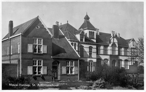 Venneperweg Z 0304 1949 St Antoniusschool