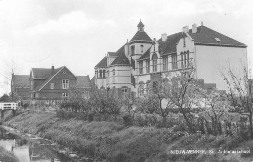Venneperweg Z 0304 1963 St Antoniusschool