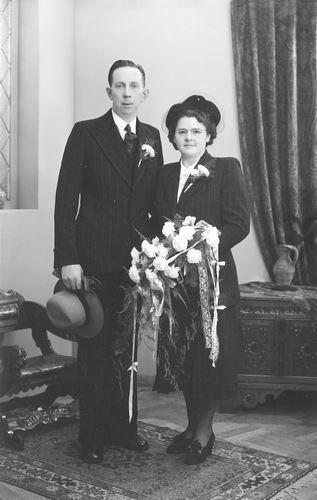 Verzaal Anna Cornelia 1916 19__ trouwt Frank Terreehorst