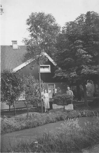 Vijfhuizerdijk 0182 1936 met Fam Nicolaas Smit