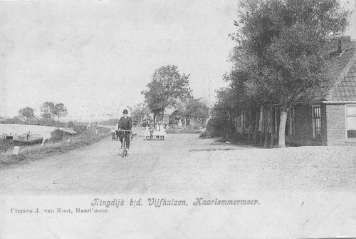 Vijfhuizerdijk 1904 met Fietser.JPG