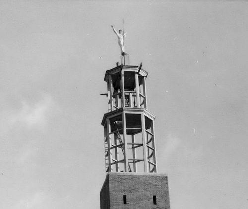Vijfhuizerweg N 0969 1960 NH Kerk bouw toren 03