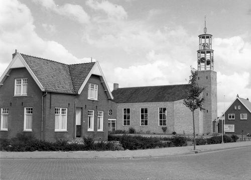 Vijfhuizerweg N 0969 1965 NH Kerk met Pastorie