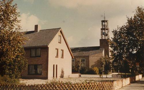 Vijfhuizerweg N 0969 1985 NH Kerk met Pastorie 01