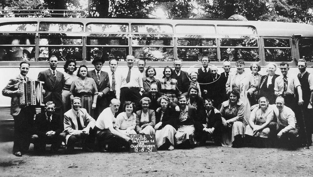 <b>ZOEKPLAATJE:</b>Visclub de Lijnden 1951 Dagje uit naar Oud-Valkeveen