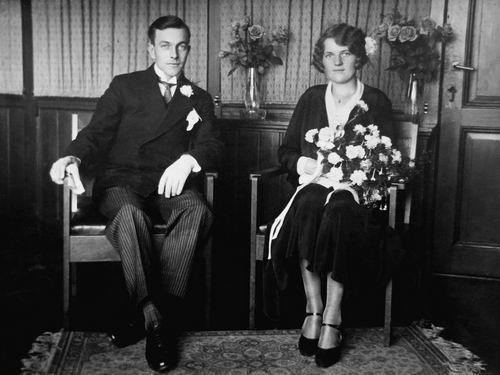 Volger Arie 1905 19__ trouwt Cor Hoogland