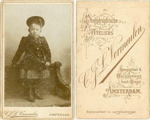 <b>ZOEKPLAATJE:</b>&nbsp;Wijk Fam v 1920 Onbekend 13