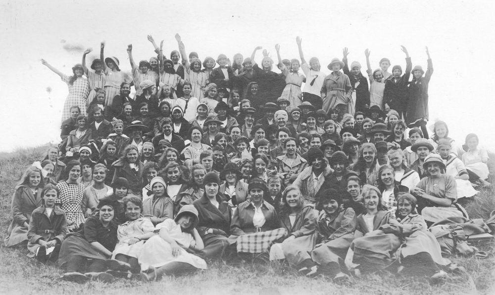<b>ZOEKPLAATJE:</b>&nbsp;Wijk Fam v 1920 Onbekend 15