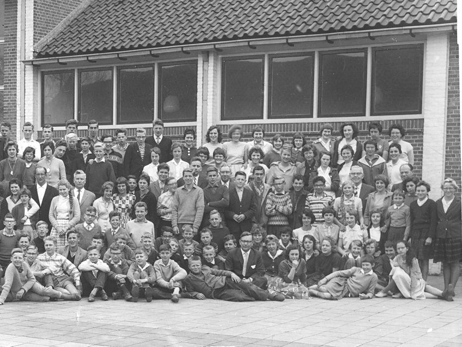 Willem de Zwijger MAVO Hoofddorp 196_ met Ton Nispeling_rechts