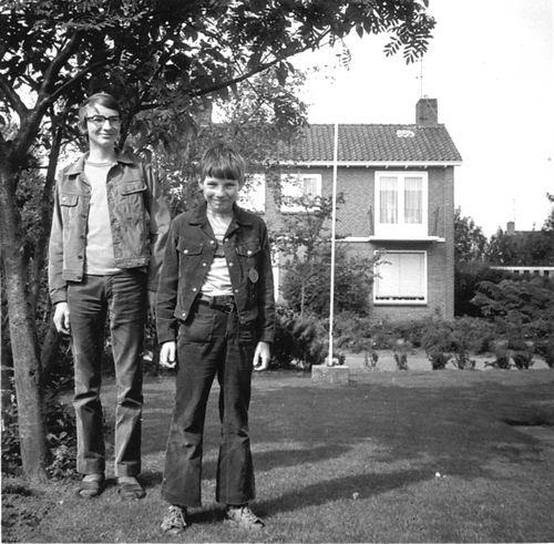 <b>ZOEKPLAATJE:</b>&nbsp;Zijverden Onbekend v 1951 Gezin Jozina Vonk-de Vries 02