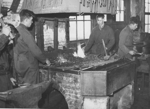 Zuijdam D W 1941-42 Cursus Hoefbeslag 01