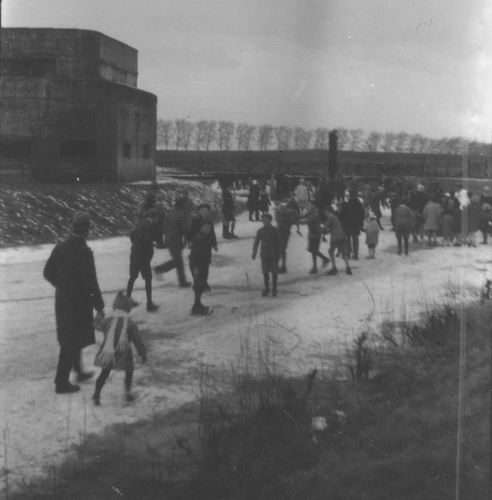 Hoofdweg W 073_ 192_ Fort Schaatsen bij Fort 03