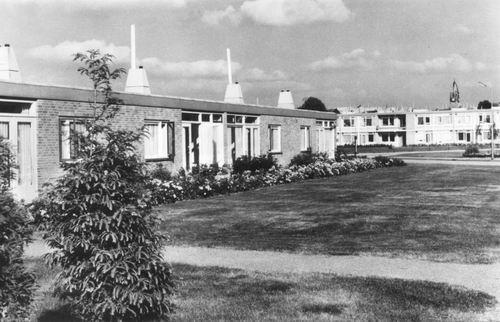 Zwanenburg Ouden van Dagen-centrum 1969 01