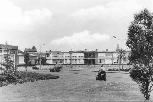 Zwanenburg Ouden van Dagen-centrum 1969 03