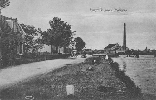 Zwanenburgerdijk 0493ev 1922 naast Pakhuis Verhoog