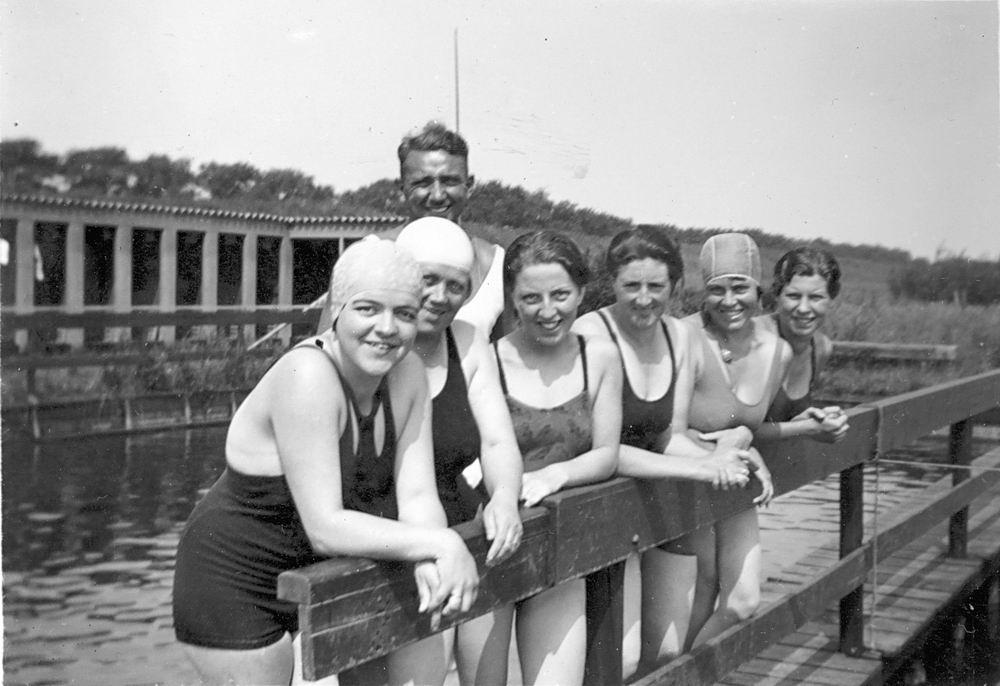 Zwembad 19__ met Stijntje de Koning-Tichelaar 04