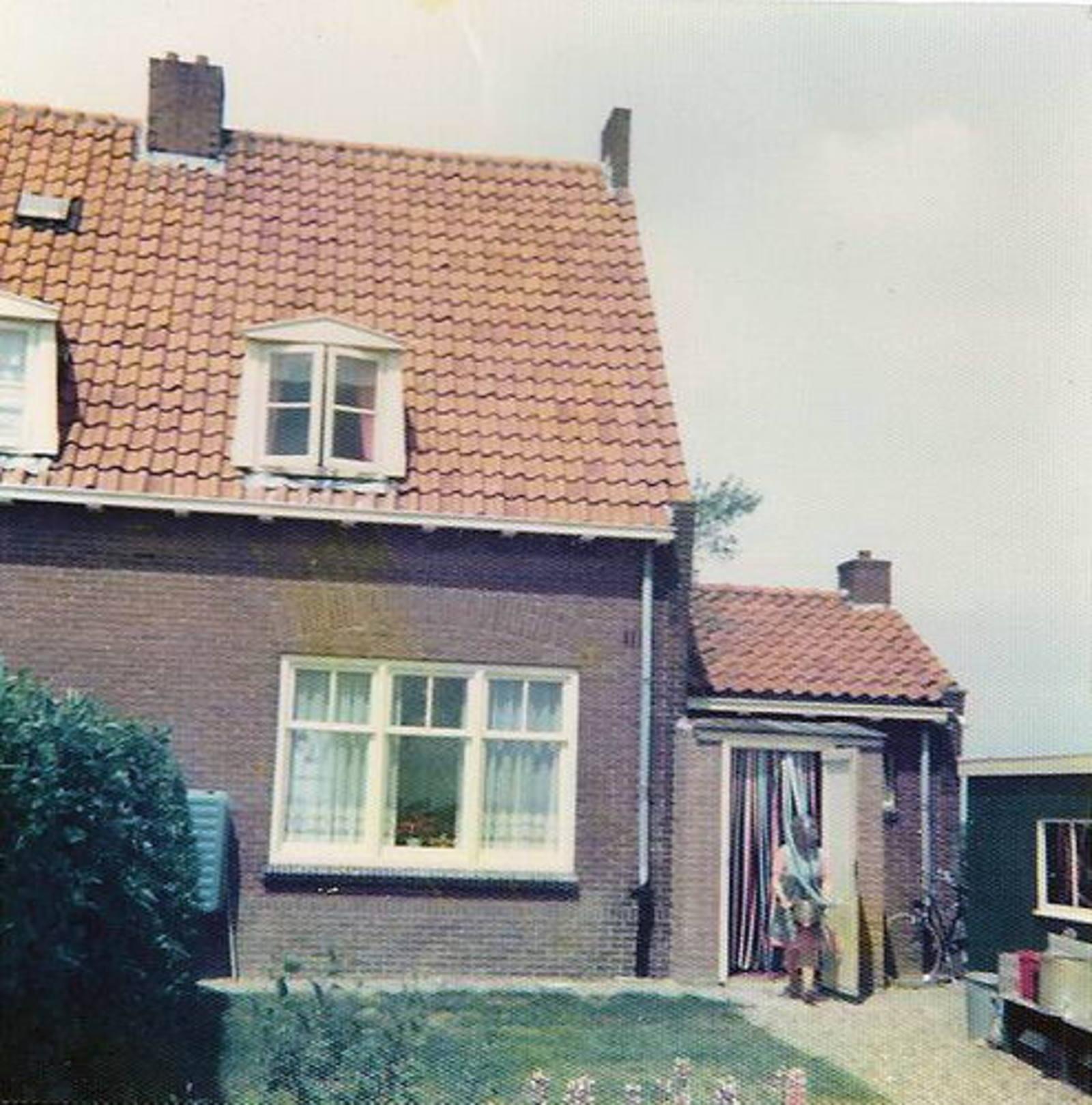Aalsmeerderweg O 0486 1974± Huize Gortzak 02