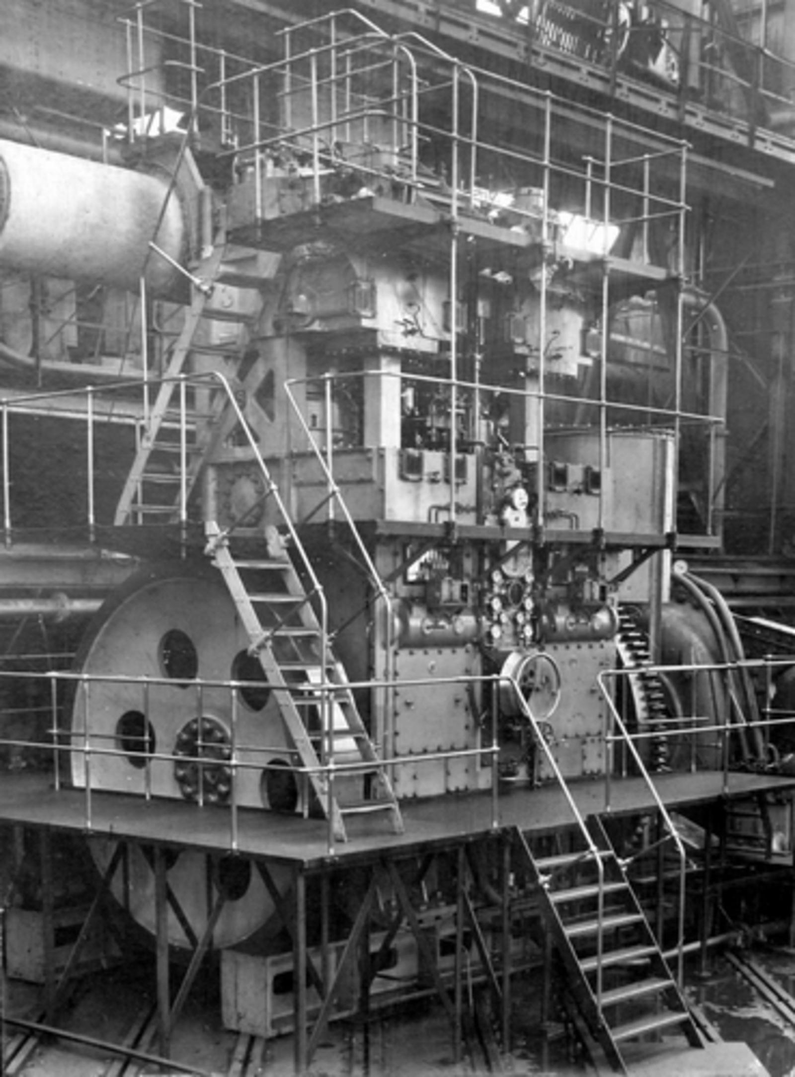 Akerdijk 0012 1954± Stoomgemaal Dieselmotor nog bij Werkspoor