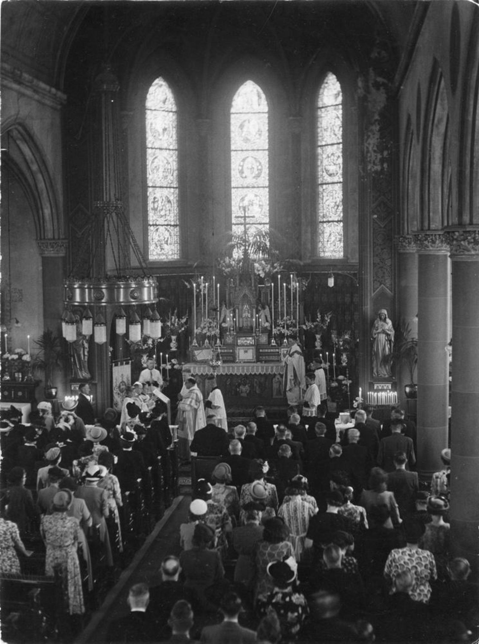 Anthoniusstraat 0016 1950± RK Kerk Oud Interieur