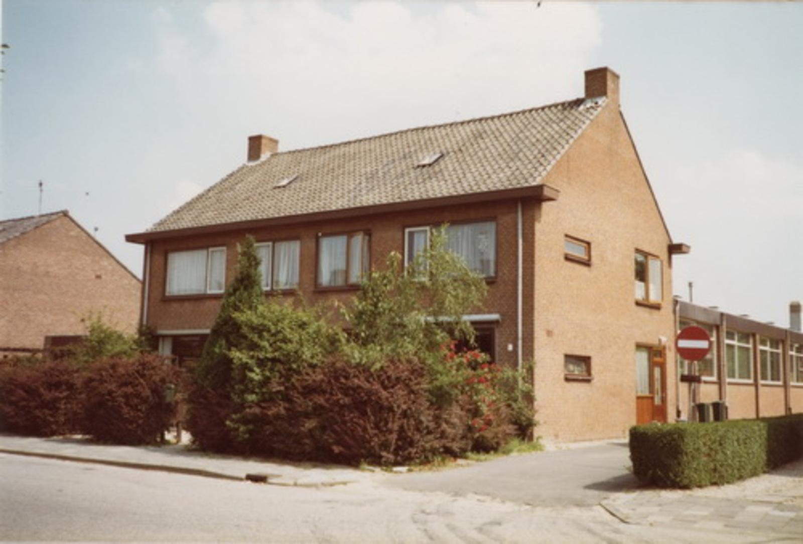 Beetslaan 0053-55 1983 huizen Aat en Niek vd Berg 02