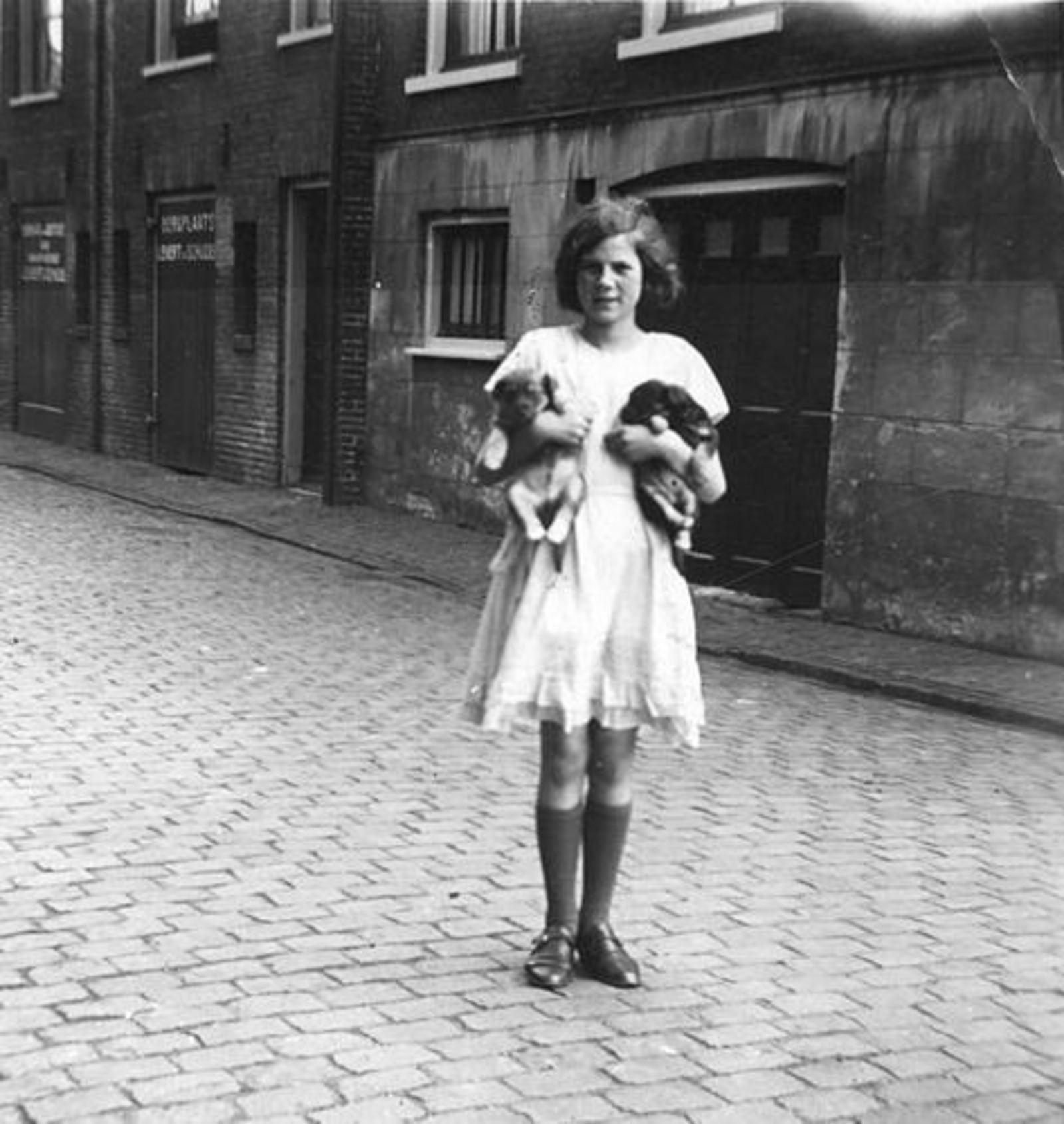 Bliek Jannie 1927 1938 op Straat in
