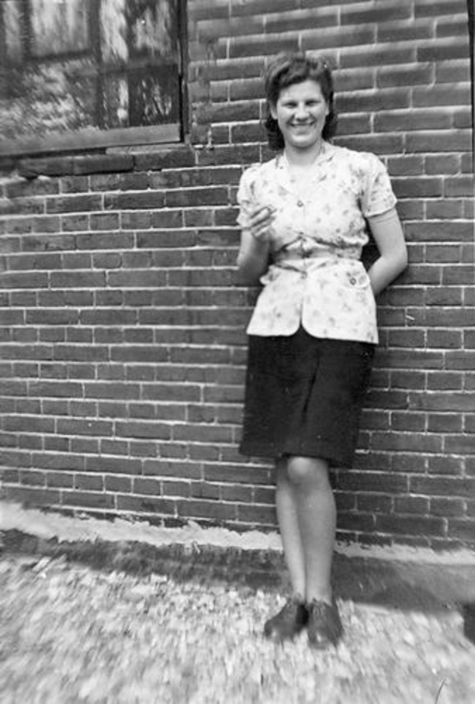 Bliek Jannie 1927 19__ op Erf