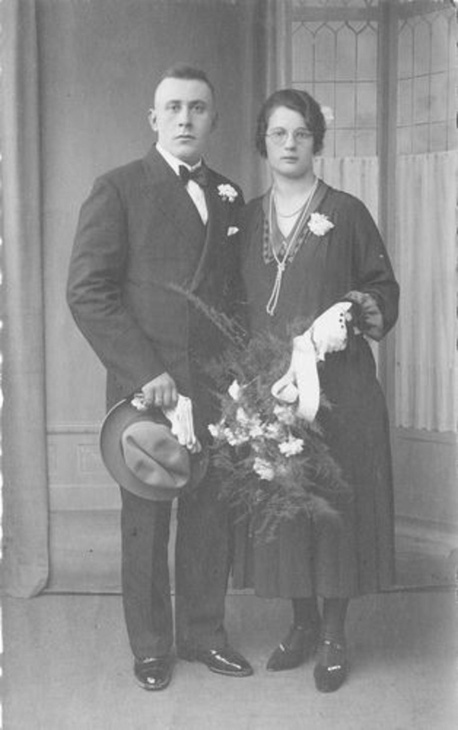 Bliek Toos 1909 1932 trouwt Jan Blom
