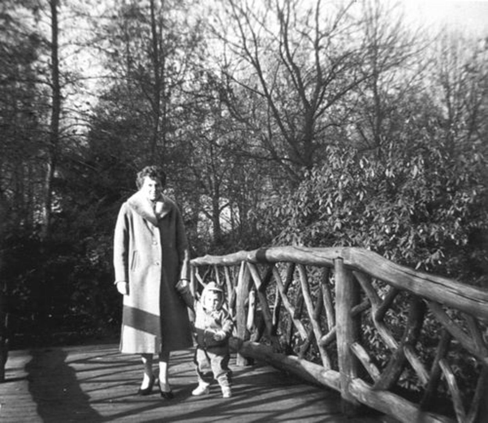 Boslaan 0000 Wandelpark 1958± met fam de Koning 01
