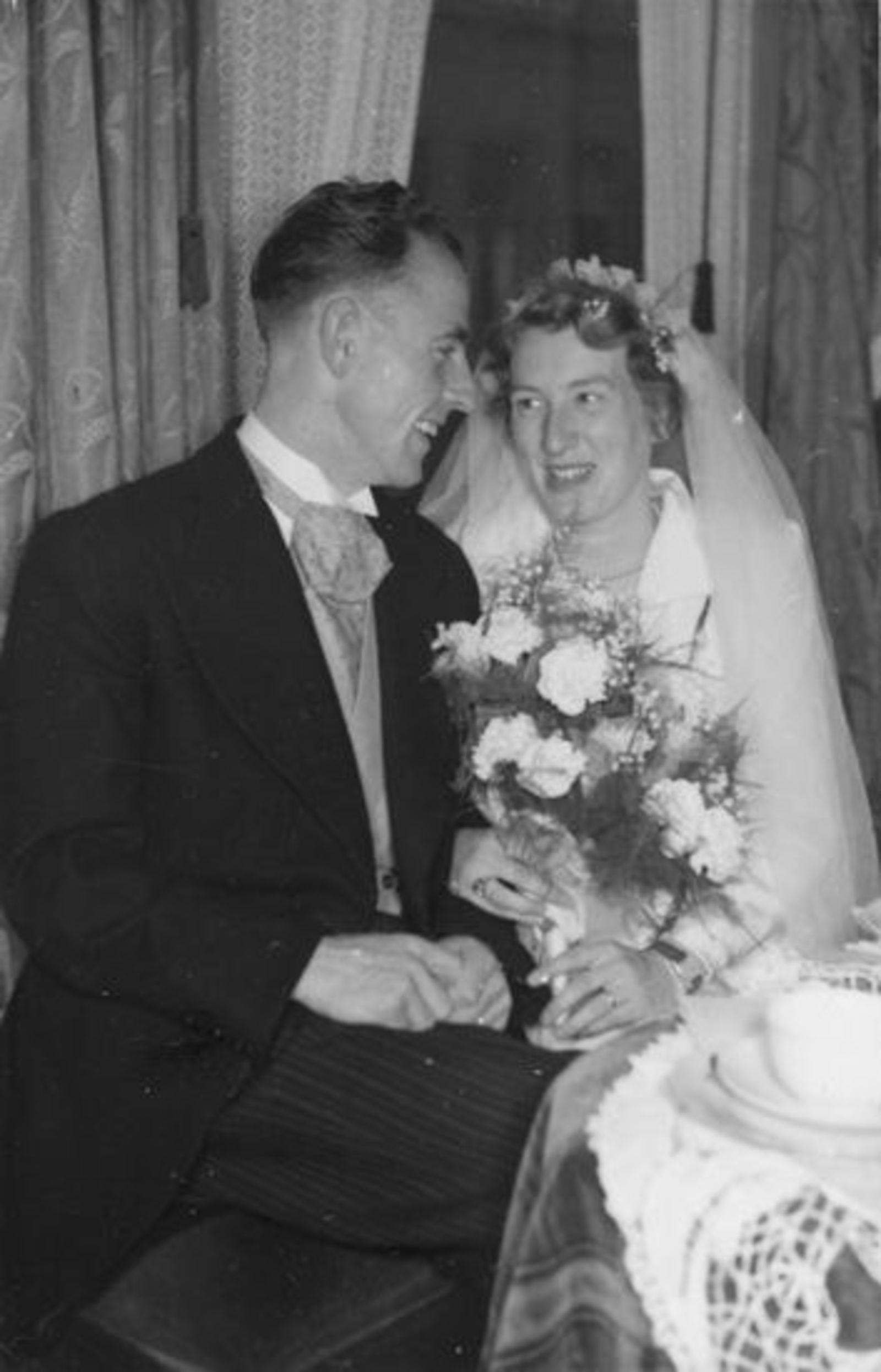 Broere Jaap 1925 19__ trouwt met Annie Koeman