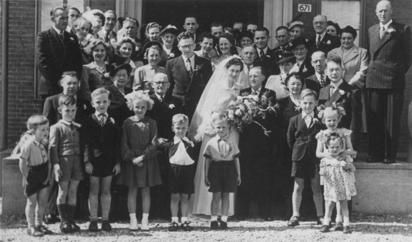 Broere Wim 1929 19__ trouwt met Lenie Lagrouw 02
