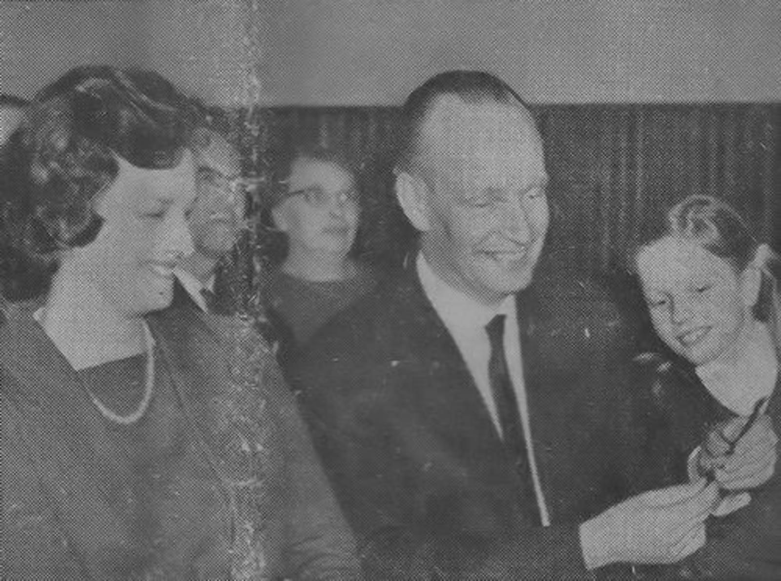 Bult Jan 1963 Huisarts neemt afscheid