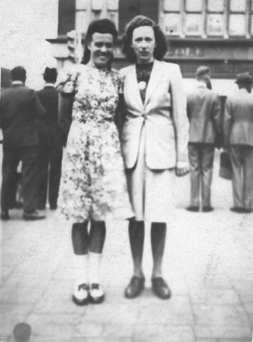 <b>ZOEKPLAATJE:</b>Calvelage Marie 1921 19__ met  Onbekend