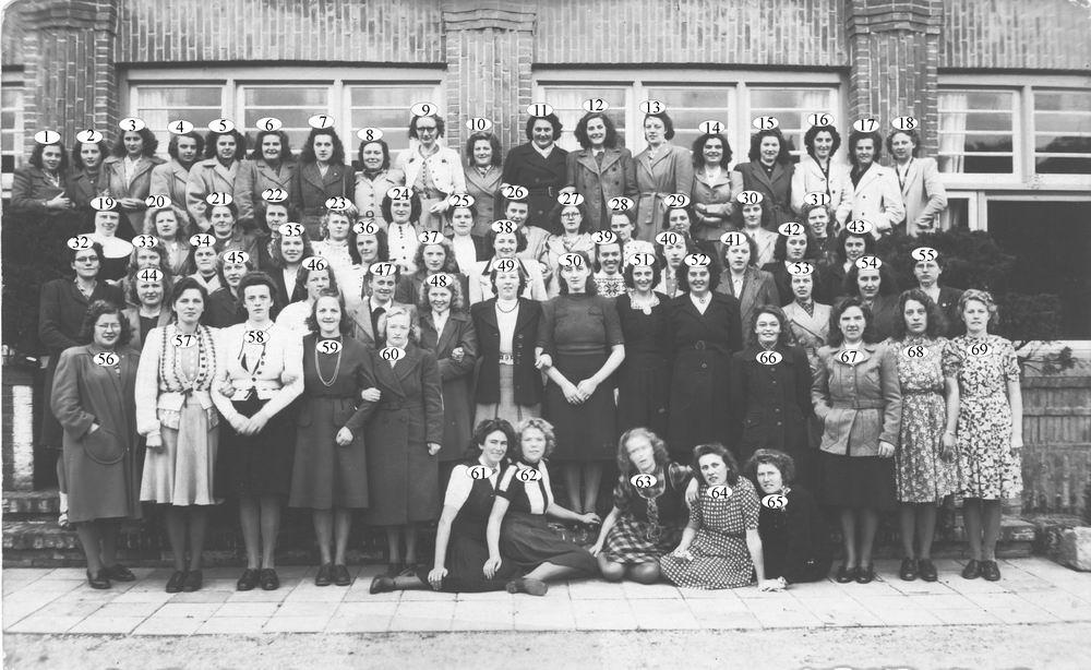 <b>ZOEKPLAATJE:</b>Calvelage Marie 1921 19__ met RK Groep voor School oid_Index