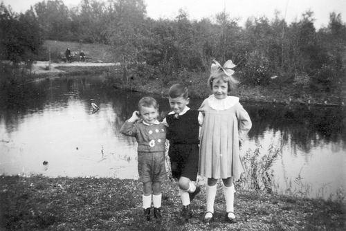 Calvelage Nel 1926 1941 met Zusters en Broers in Wandelbos 03