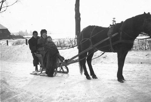 Calvelage Nel 1926 1942 op Arreslee met fam Goudsmit 01