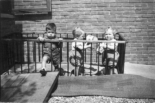 <b>ZOEKPLAATJE:</b>Calvelage Pijpers Onbekend 13 Kinderen in de Box