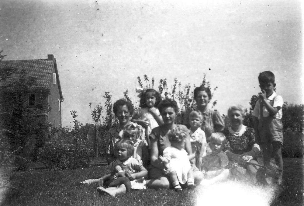 <b>ZOEKPLAATJE:</b>Calvelage Pijpers Onbekend 20 Familiefoto