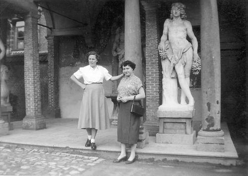 <b>ZOEKPLAATJE:</b>Calvelage Rika 1923 19__ Vakantie met Onbekend