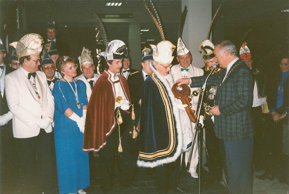 Carnavals vereniging Meerbonken 1988 Serie 02 e07