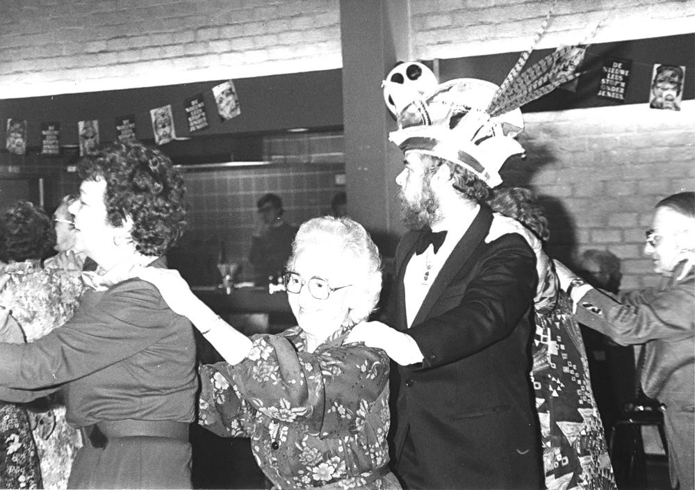 Carnavals Vereniging Meerbonken 19__ met Job de Bruijn als Prins Karbonkel 7 06