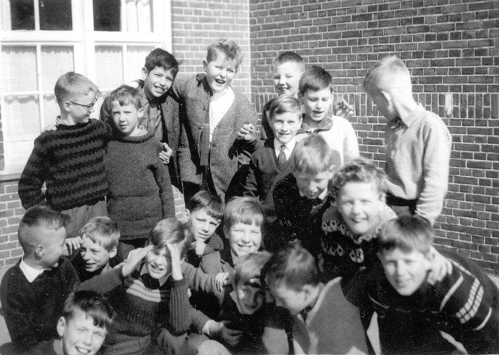 <b>ZOEKPLAATJE:</b>Christelijke School Hoofddorp 196_ Klas Onbekend met Dirk Poortvliet