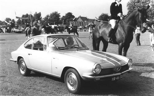 Concours Hippique 1963-64 met Auto Glas v Garage Leen de Jong