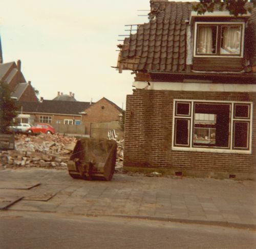 Concourslaan N 0010-16 1981 Sloop Garage Leen de Jong 32