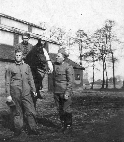 Cruquiusdijk 0054 1939 gemobiliseerde Soldaten bij Cruquiushoeve