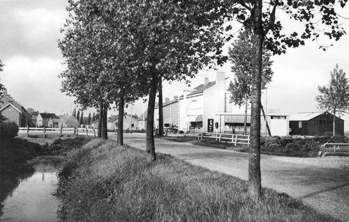 d Yserinkweg O 0001 1960 met Kruidenierswinkel Kemp